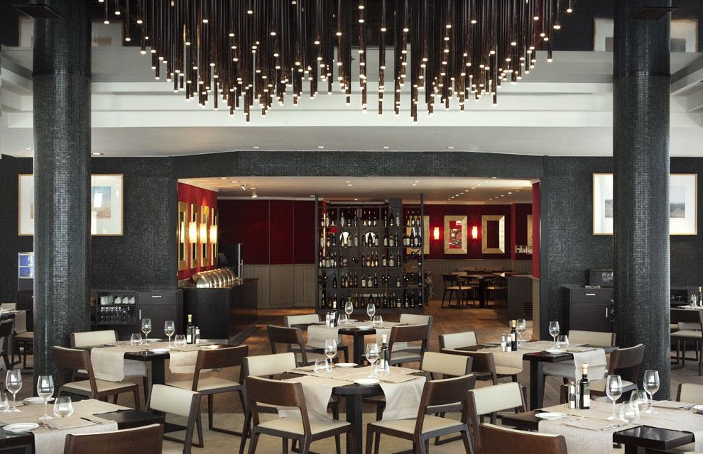 Hilton renueva el aspecto de su hotel de barcelona for Diseno interiores barcelona