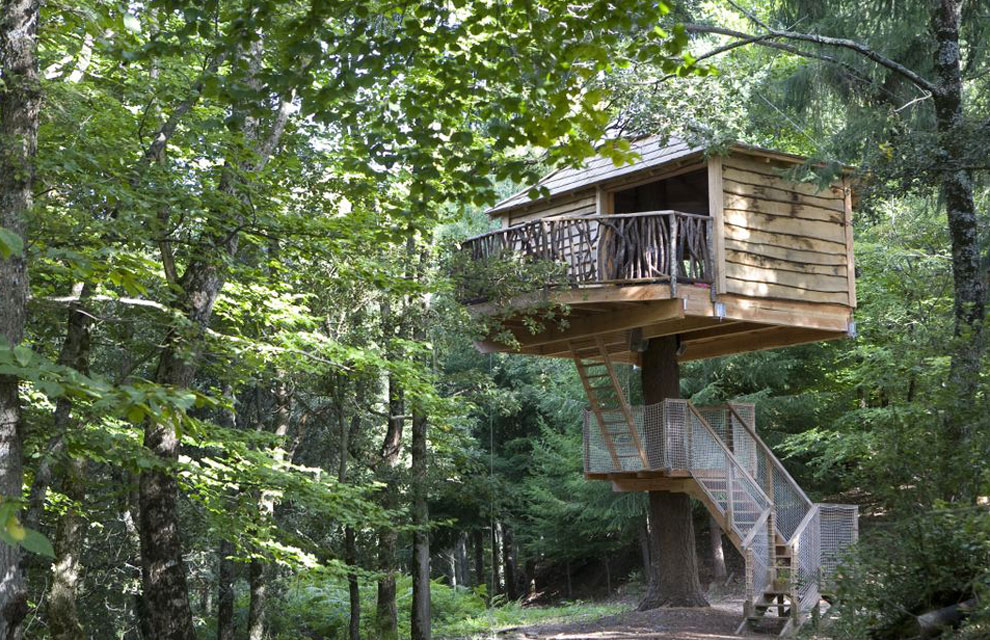 Esto s son castillos en el aire - Cabanas de madera en arboles ...