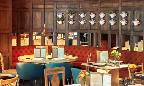Grandes decoradores firman restaurantes muy personales - Decoracion de interiores restaurantes ...