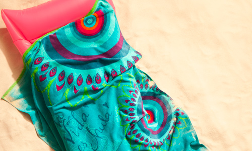 Toallas que decoran la playa y la piscina - Toallas de playa dobles ...