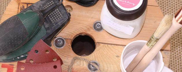 Una original mesa realizada con una bobina de cables antigua