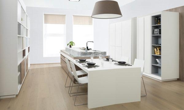 Ideas pr cticas para comer o montar un office en la cocina for Planos de cocinas con office