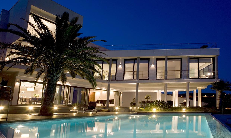 Una villa con impresionantes vistas al mar en benic ssim for Piscina benicassim