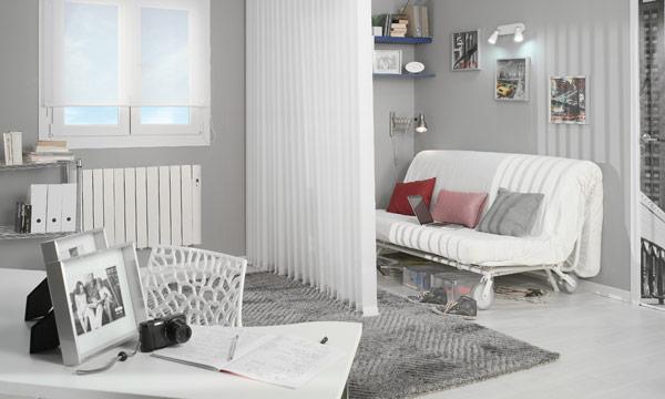 Apunta estos trucos para amueblar un apartamento peque o - Decoracion aticos pequenos ...