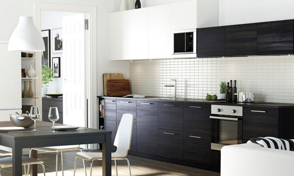 Quieres saber c mo decorar en blanco y negro - Cocinas con colores vivos ...