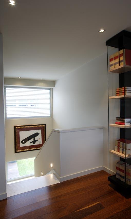 Arquitectura singular dise o interior una casa con for Interior 1 arquitectura