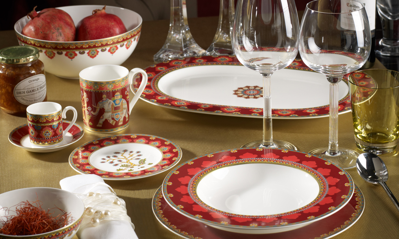 Sentados en torno a la mesa decoraci n y detalles - Vajilla de navidad ...