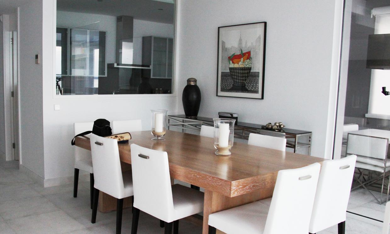 Qu debes tener en cuenta a la hora de separar ambientes for Modelo de cocina abierta en el comedor