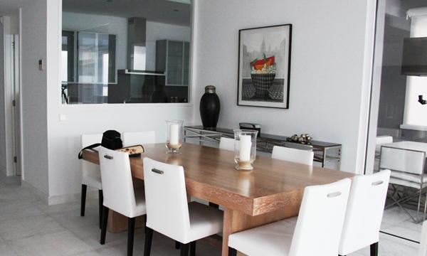 Qu debes tener en cuenta a la hora de separar ambientes for Separacion entre cocina y comedor