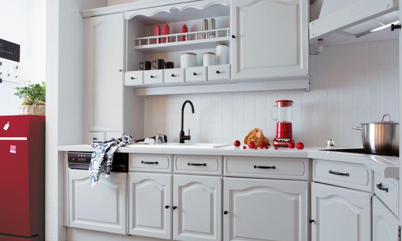 8 trucos para renovar tu cocina sin gastarte mucho dinero for Restaurar muebles de cocina