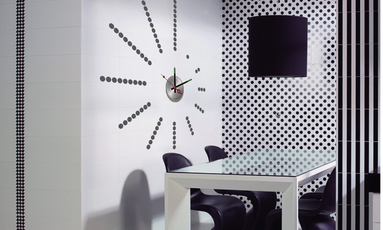 Relojes que marcan las horas y el estilo foto 2 - Reloj pegado pared ...