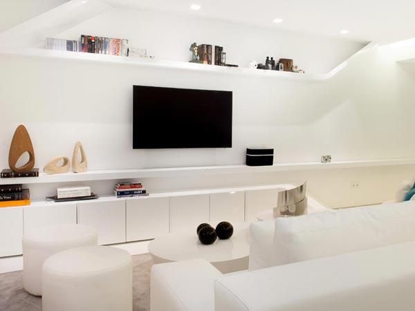 Joaqu n torres apuesta todo al blanco en uno de sus ltimos proyectos de decoraci n de interiores - Disenador de interiores madrid ...