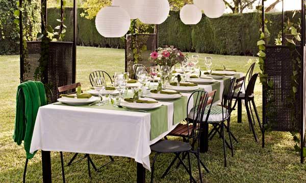 Todo lo que necesitas para montar una mesa al aire libre - Como decorar una mesa de jardin ...