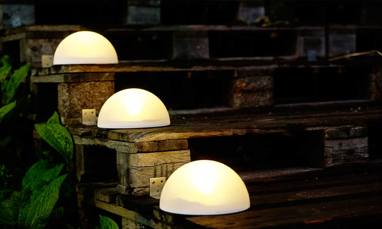 Iluminaci n exterior enciende tus noches de verano foto for Luces led jardin ikea