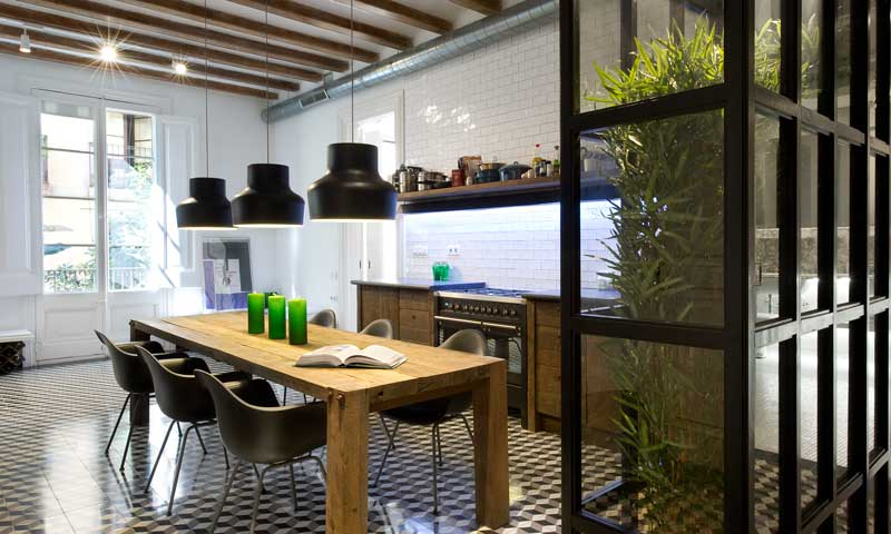 Una casa distribuida alrededor de la cocina - Foto 1