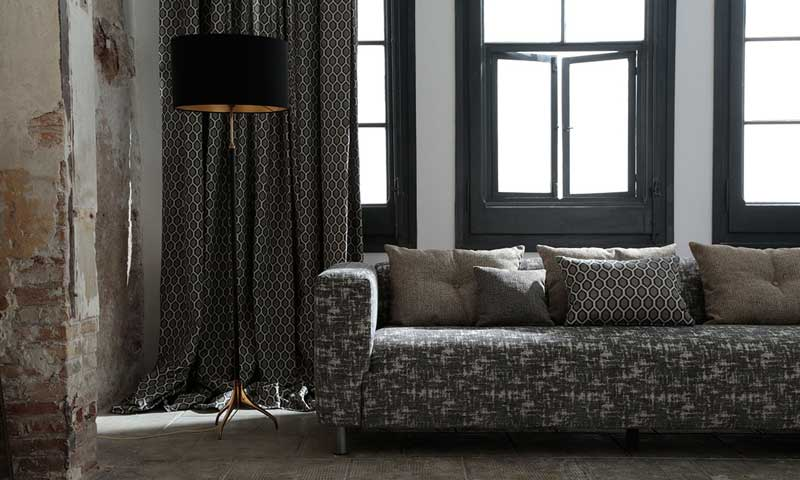 Telas para 39 abrigar 39 tu casa esta temporada foto 1 for Tapizar muebles con tela