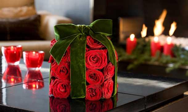 Decorar la navidad con plantas y flores for Adornos para plantas con llantas