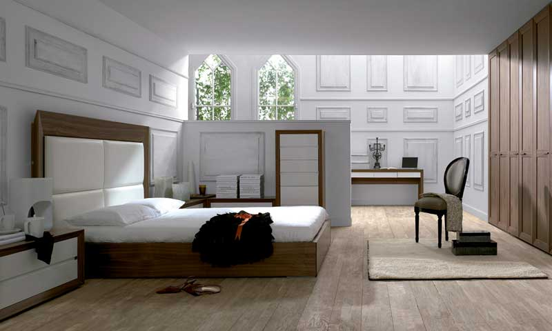 Dormitorios con mucho 39 charme 39 foto for Casa decoracion valencia