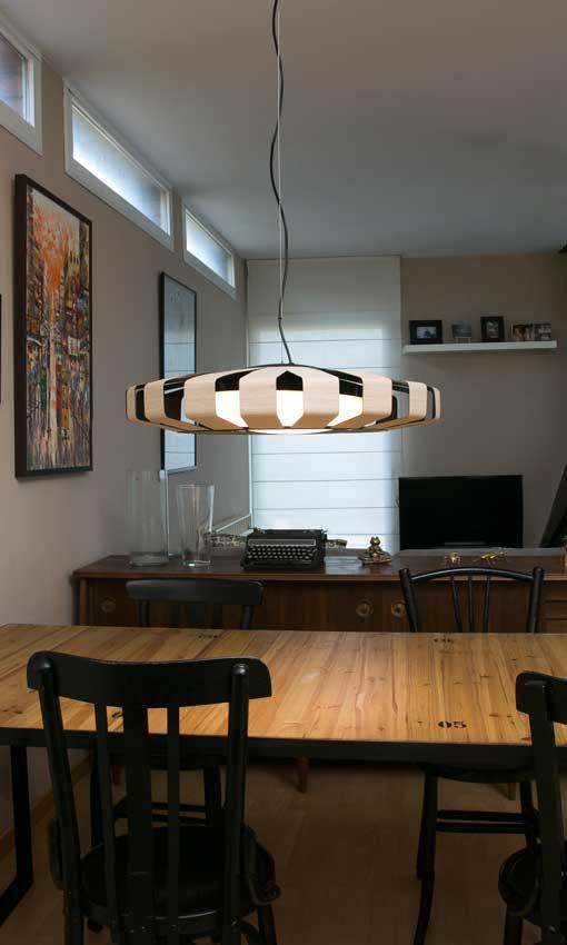 H gase la luz l mparas que conquistan los espacios foto for Lampara techo comedor