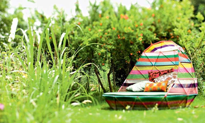 El verano 'saca' los colores al exterior