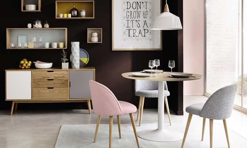 Awesome Maisons Du Monde Con Un Cierto Aire Uvintageu Las Sillas Tapizadas  En Rosa Pastel Y Gris Con Sus Patas Oblicuas De Madera With Sillas Comedor  ...