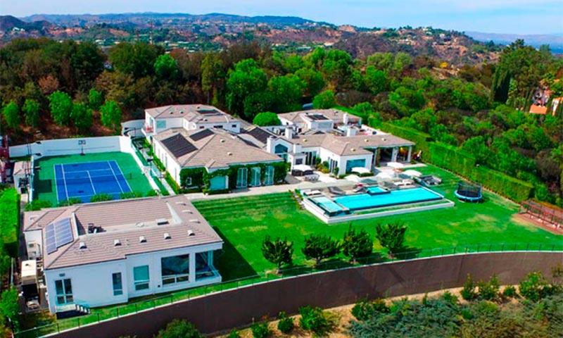 Gwen Stefani y Gavin Rossdale venden su imponente villa de Beverly Hills por 32 millones de euros