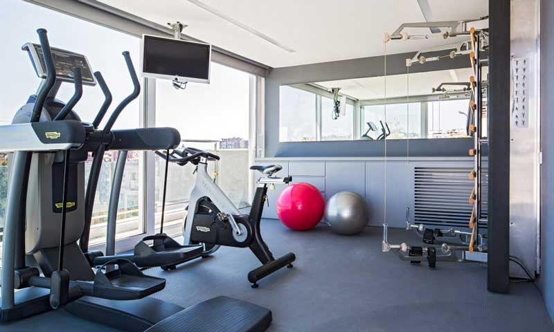 Qu necesitas para montar un gimnasio con 39 spa 39 en casa - Cuca arraut interiorismo ...