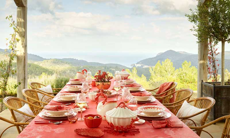 Hoy comemos en el jardín: ¿quieres saber cómo montar la mesa ideal?