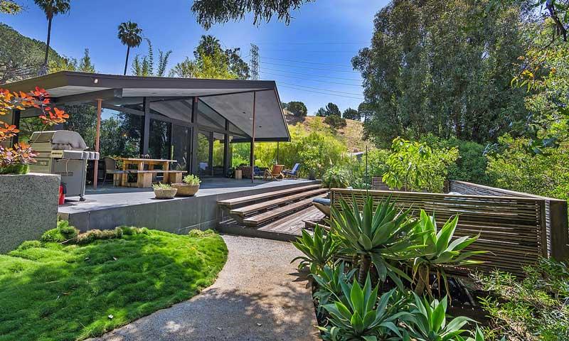 John Legend y Chrissy Teigen venden su casa: ¡Descubre cómo es el nido de amor de la pareja!