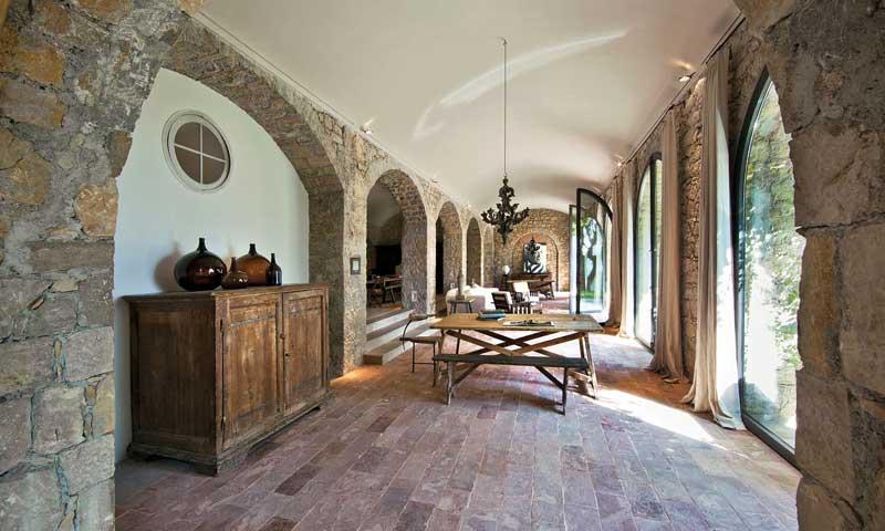 El refugio del artista: así es la casa de la Provenza donde Picasso vivió y trabajó hasta su muerte