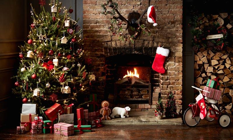 Cuatro estilos para decorar tu casa por navidad for Decoracion navidad 2017 tendencias