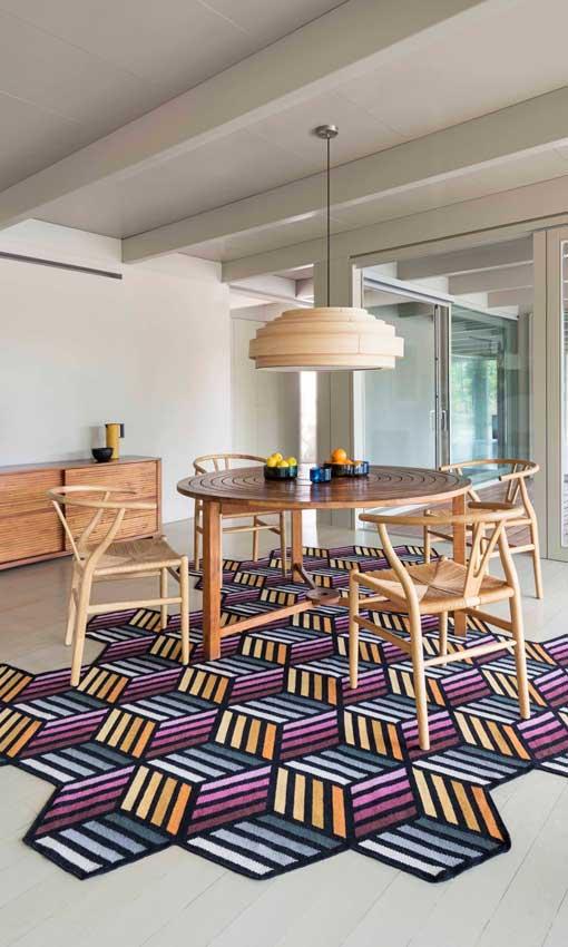 A sus pies 17 alfombras para vestir los suelos de tu casa for Alfombras pena