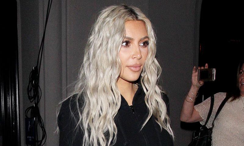 El truco de Kanye West y Kim Kardashian para mantener sus muebles blancos a pruebas de bebé