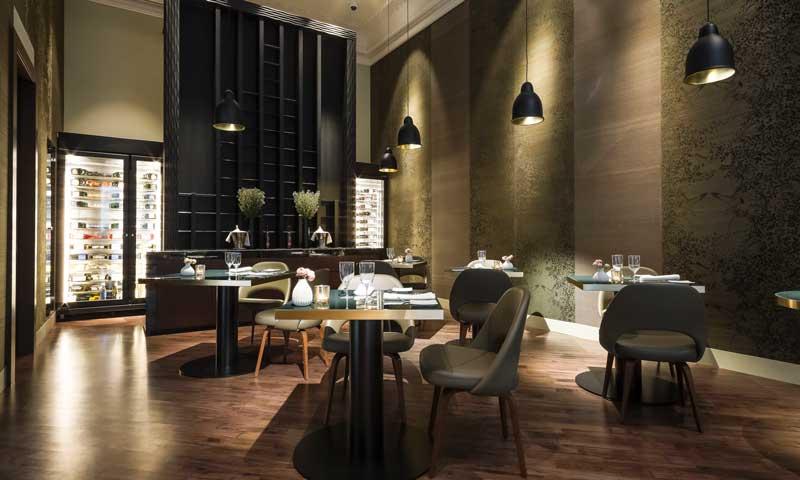Fantástico Restaurante Indio Diseño De Diseño De La Cocina Friso ...
