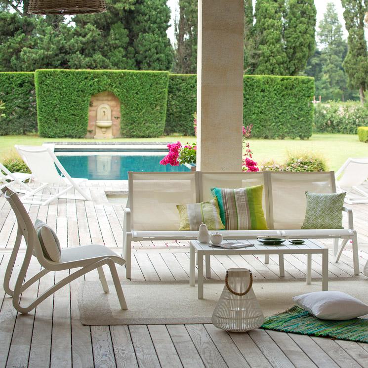 13 ideas para vestir los suelos de la terraza y el jard n - Que es un porche en arquitectura ...