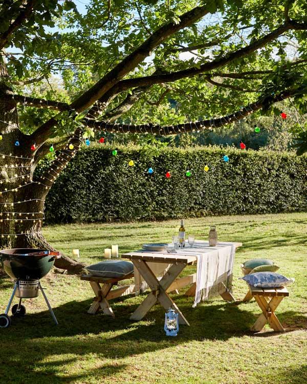 Cómo hacer que tus fiestas en el jardín sean las más chic de la temporada