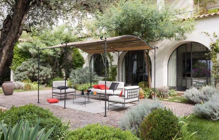Cómo poner en forma el jardín y convertirlo (de nuevo) en tu estancia preferida de la casa