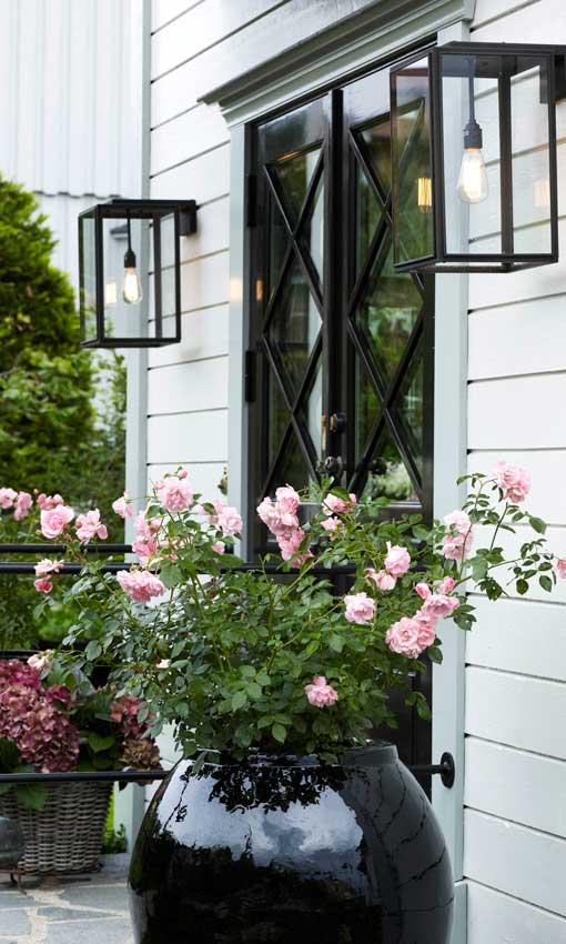 Iluminaci n exterior terrazas y jardines con una for Iluminacion exterior jardin