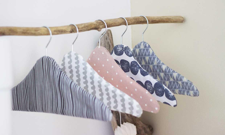 Perchas tapizadas para tu vestidor