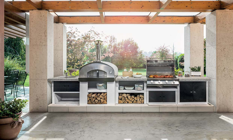 Hoy el menú se prepara fuera en estas cocinas de exterior