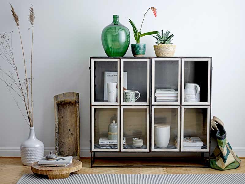 Muebles de salón: Decorar con vitrinas y aparadores el salón