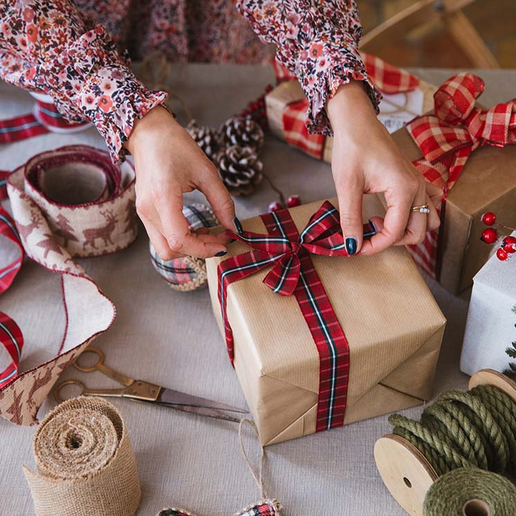 Diy Formas Originales Y Sorprendentes De Envolver Tus Regalos Esta Navidad Foto 1