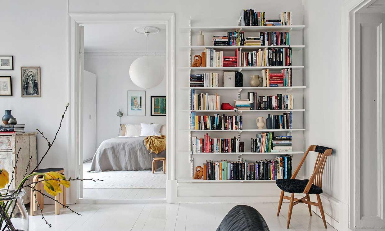 10 pasos para ordenar las estanterías de tu casa de arriba abajo