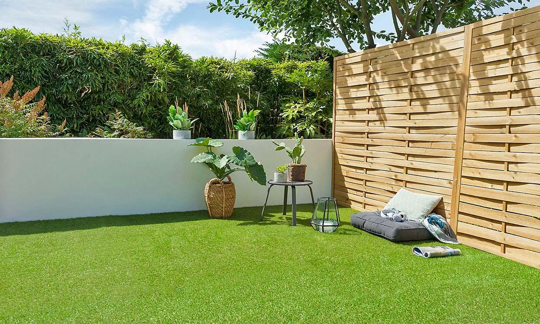 ¿Sabes cómo instalar césped artificial en la terraza?