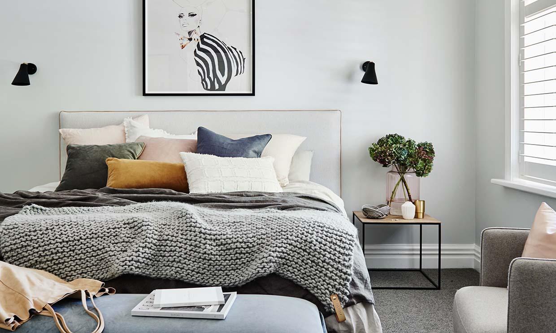 Dale un toque de estilo a tu dormitorio con láminas decorativas