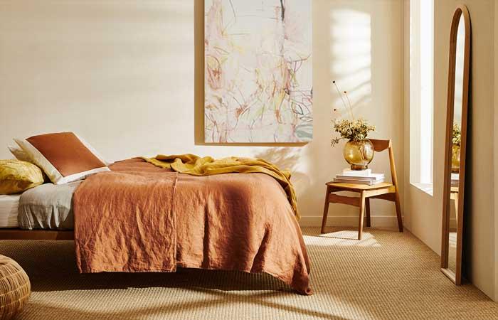 Decoración de dormitorios pequeños: Dónde y cómo colocar la cama - Foto 1