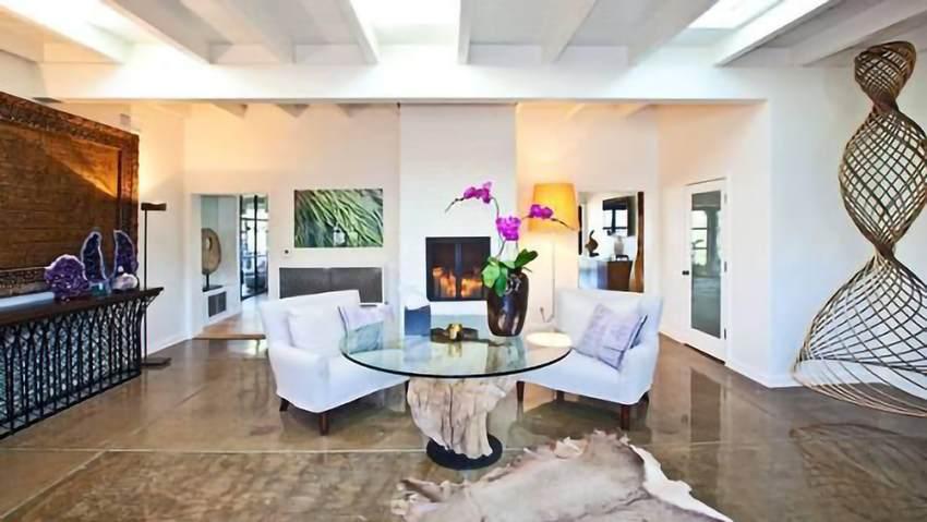 Sala de estar de la casa de Liam Hemsworth y Miley Cyrus