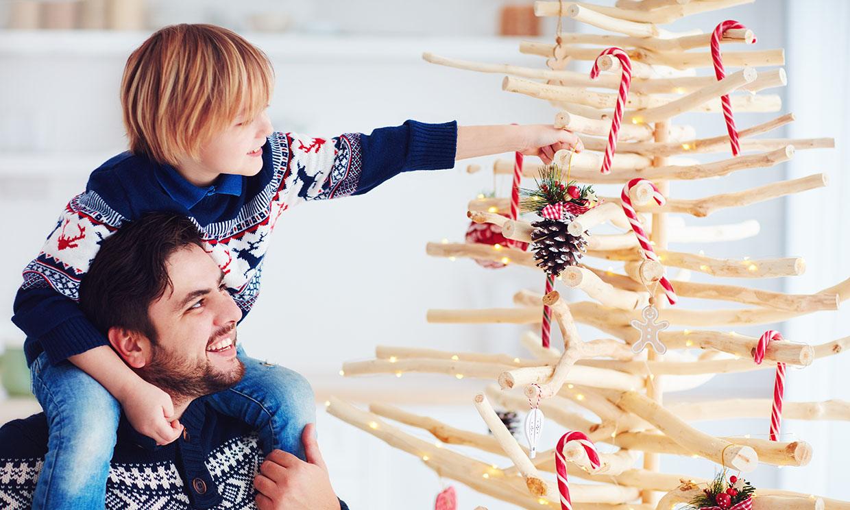 Las mejores ideas para hacer tu propio árbol de Navidad con madera