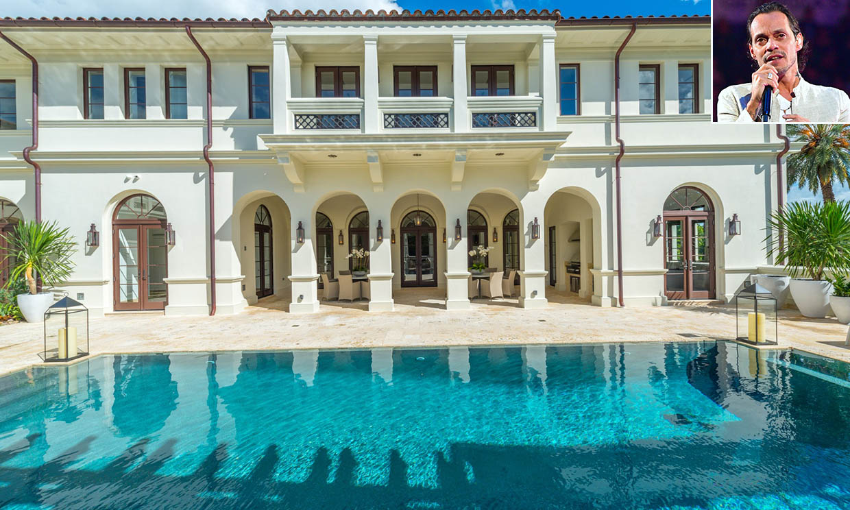 12 habitaciones, 14 cuartos de baño, 3 cocinas... así es la mansión de Marc Anthony en Florida