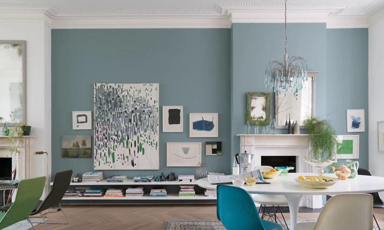 Las mejores ideas para decorar una pared del salón diferente a las demás